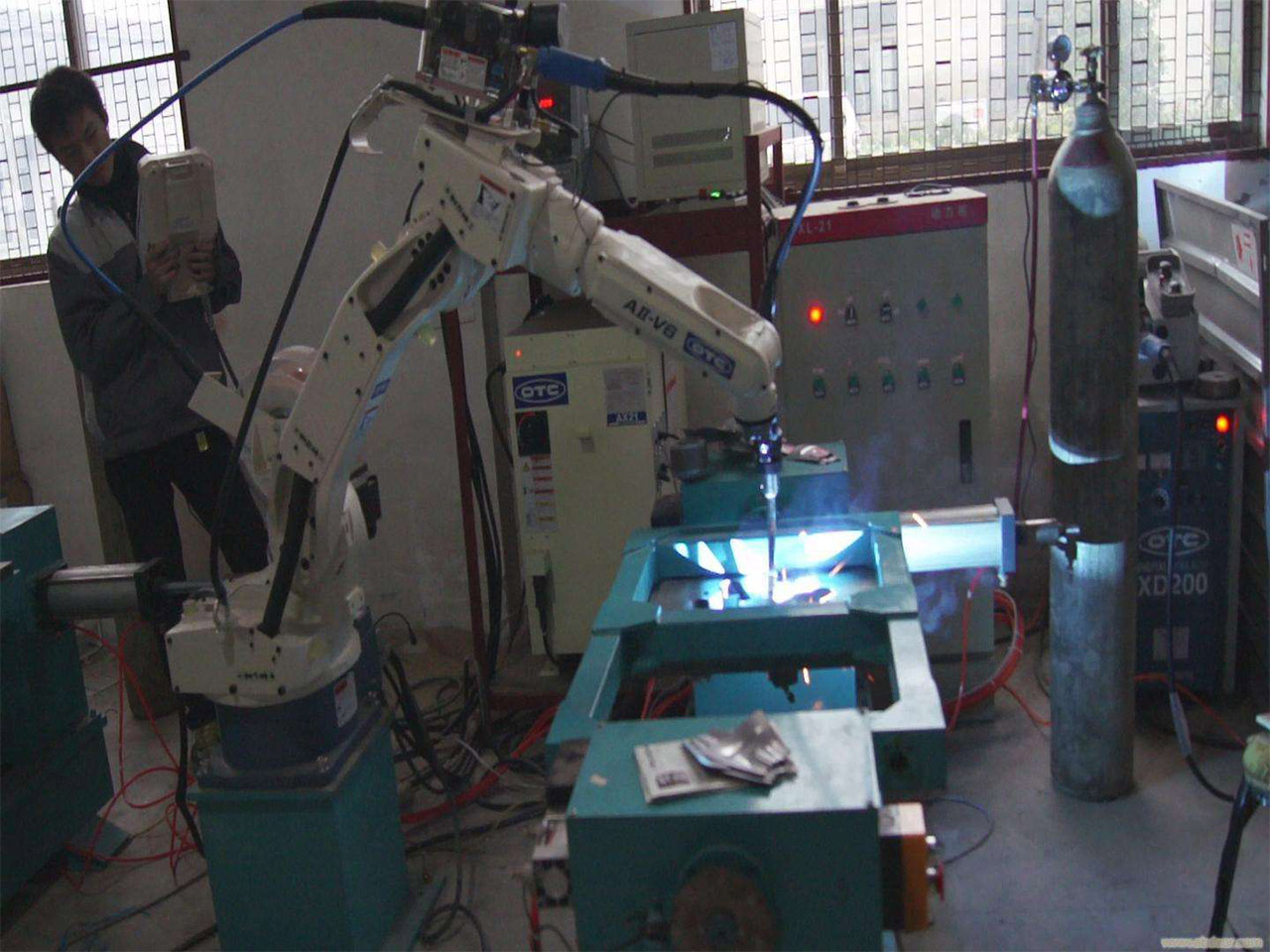 Single station of OTC robot